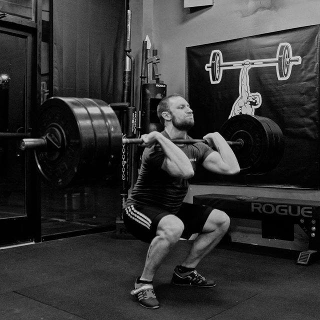 "Even after 3.5 hours of sleep and working at the hospital all day, @razorhog430 still managed a 320 # Front Squat for a 15 # PR. After the session, he remarked, ""I can't wait till I can come in here fully rested and fed and just blow the doors off of a 1RM test."" //"