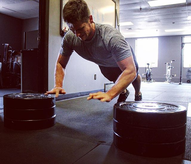 Explosive Push-Ups following a heavy set on Bench Press are a fine way to build power specifically for pushing. See the full session on the @gymjonessalvation website. //
