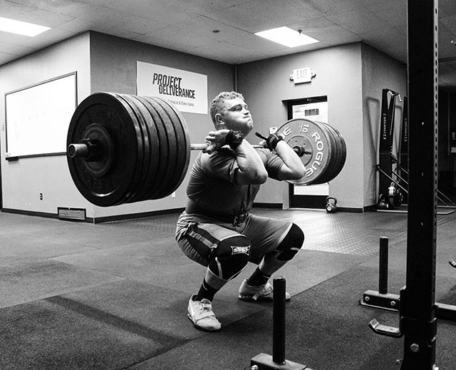 We're interested in training elite individuals. Elite in terms of work ethic, dedication, morals, and how our athletes treat people in the outside world. You're not anything if you can't stand with integrity. // @realbillshelton slams a New Front Squat PR of 278 # // ? @horsepowerandbarbells //