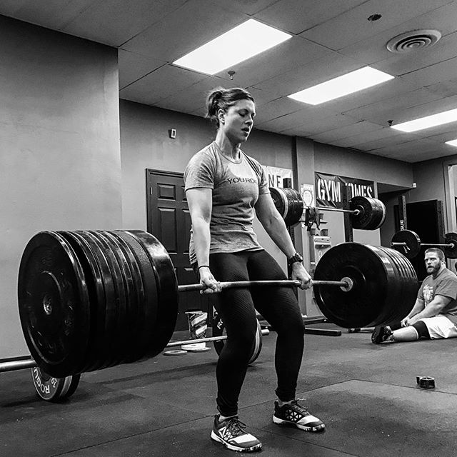 Success is determined by how hard you pull yourself from point A to point B. Once you set out to do something, hold on tight and don't let go. // @eopfer pulls 315 # for a PR // // ? @horsepowerandbarbells