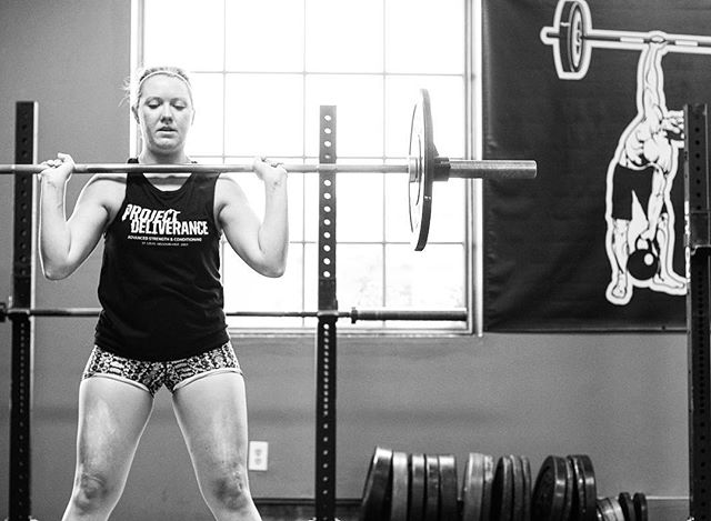 In addition to developing strength, we develop confidence at The Project. If you're comfortable in your own skin and your own capability, there will never be any need to put other people down. We want to develop individuals who help everyone celebrate their success and provide that push to challenge and get out of your comfort zone and compete. // // 📸 @horsepowerandbarbells
