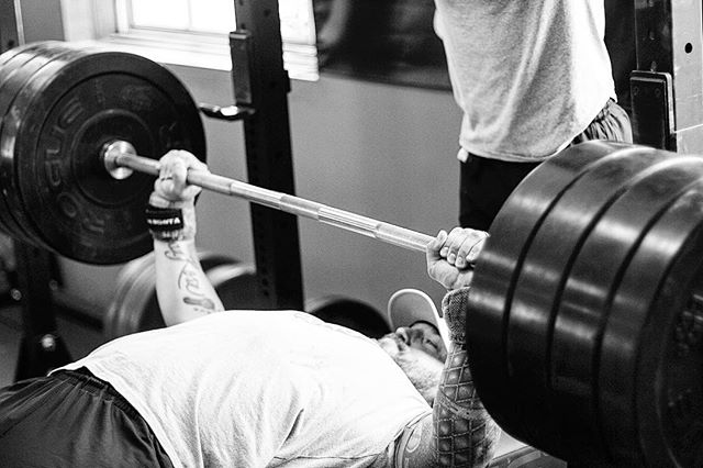 You become who you hang around. It's also important to pay attention to the company you attract. Make sure you're putting the right sort of energy out there for others to see. // @coach_swolebol reps out 385 # on Bench Press. // // 📸 @captainslasher 🏴