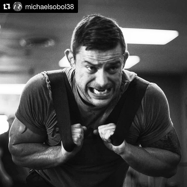 @davey_richards83 putting in work at The Project. // Repost @michaelsobol38 ・・・ One thing I preach is mindset. Not only training but in life. You can do so much more than you think you're capable of. I love hitting those mental days where you get to a point where your mind is telling your body to stop. But you say fuck off to that voice and keep chipping away and you come away feeling like you just conquered the world. Confidence is what makes the world go around. And at the end of the day we have to love the person we see in the mirror. They matter the most. We will work hard here. No soft shit. stay and you will leave a lion. // @captainslasher