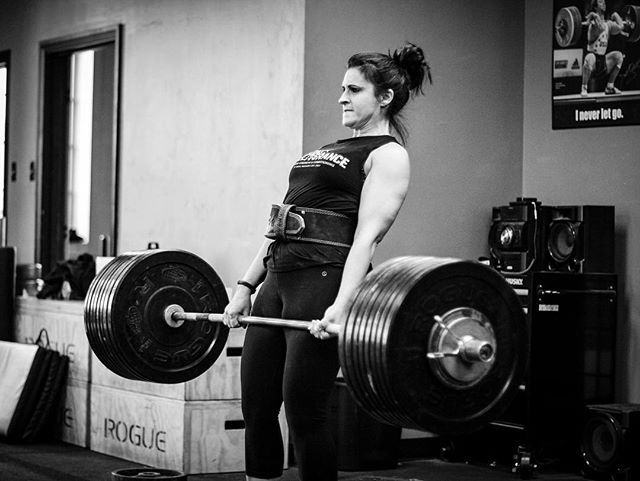Any day you walk up to the bar and put on personal best weight is a great day. Summer did just that today with 230 #. // // 📸 @horsepowerandbarbells