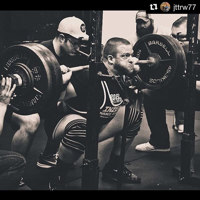 @jttrw77 cranking through Back Squat this past weekend and on his way to a first place finish in both the Sub Masters Open & His Age Group. // // Repost @jttrw77 // Heading into the week eyes forward! Happy Monday everyone! // @tiffany_powerlifts