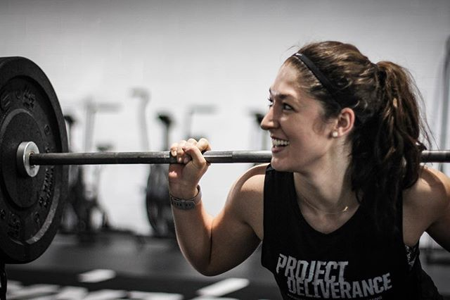 We are happy to announce that Chelsea Crimi, @ccoletta24, will be working with us to provide dietary and nutritional counseling. Contact her for an initial consultation for $30. We are excited to be working with Chelsea moving forward and to have her as a part of our team at The Project. // // 📸 @horsepowerandbarbells