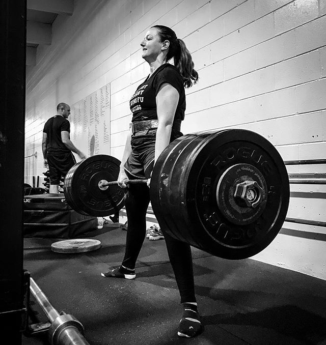 Add more weight and do it all over again. @down1rib pulls a new PR on SUMO DL of 335 #. // // 📸 @horsepowerandbarbells